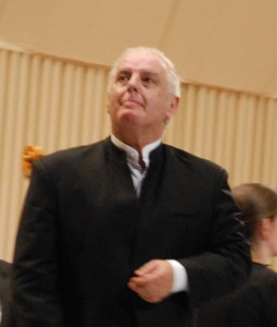 Daniel Barenboim after playing Mozart 24th Pianoconcerto at the Grand hall in Bucarest, during the Enescu Festival 2011. Foto: Henning Høholt