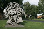 Beethoven i 2004, sculpture in front of Beethovenhalle.
