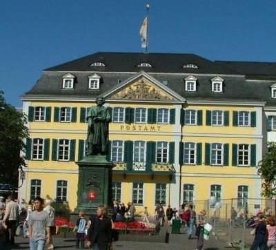Bonn, Beethoven by Postamt, foto Henning Høholt