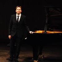 LEIF OVE ANDSNES, at Theatre des Champs Elysees. 26.3.2012. Photo: Henning Høholt
