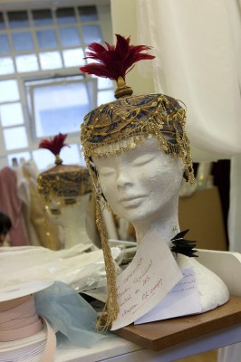 Christian Lacroix, hat for costum to La source. Photo: Anne Deniau