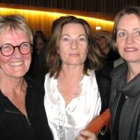 Etter premieren på Dead Beat Escapement, Bibbi Moslet, Hilde Andersen, og komponisten Cecilie Ore, Oslo 08, Foto Henning Høholt 08