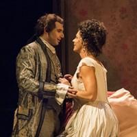 Grev Almaviva og Rosina på Kungliga Operan, Stpckholm.  Foto:
