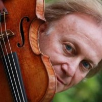 Michael Guttman playes violin and conducts Mendelssohn, Rachmaninov, Paganini and other composers works Wednesday 7th November.