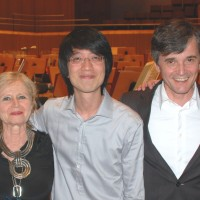 From left: Lahav Shani, Israel, Winner of the Gustav Mahler Conductor Competizion and 20.000 Euro. Marina Mahler, grand chield of Gustav Mahler, and  honoure president of the jury. Tung-Chieh Chuang, Taiwan, winner if the second prize and 10.000 Euro. Wolfgang FInk, General Manager of the Bamberger Philharmonic Orchestra, David Danzmayr, Austria, Winner of the second prize and 10.000 Euro.. Foto: Henning Høholt. Copyright reserved. www.kulturkompasset.com