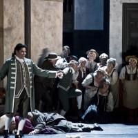 Fra Figaros Bryllup, til venstre Yngve Søberg i tittelrollen. Foto Erik Berg