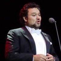 Ramón Vargas famouse Mexican tenor, at a Great Voices concert 11. June at Théâtre des Champs Élysées, Paris.