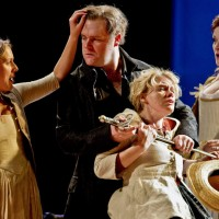 The Marriage of Figaro ENO. Mary Bevan, Roland Wood, Kathryn Rudge & Kate Valentine. Foto: Sarah-Lee