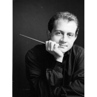 Bruno Nicoli makes his conductor debut with Il Trittico.