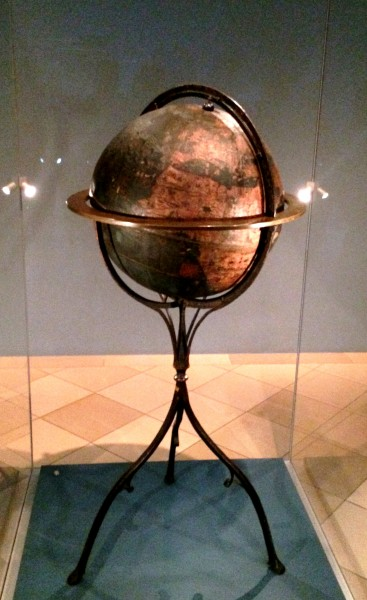 One of the very highlights at Germanisches Kunstmuseum in Nürnberg is Martin Beheims  Globus from 1493, the first knovn world map in the form of a globus. Foto Henning Høholt 2015