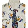 Jennifer Jorfald, no 50 jobber med forskjellige teknikker, her i en kreativ skjorte med slips. no 50