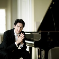 In addition to the host, the festivals artistic manager, Kasparas Uinskas, piano, (foto) who him self will play Rachmaninoff, many other famouse classical musicians wil participate.