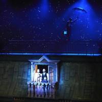 Mary Poppins flying, Foto John Andresen