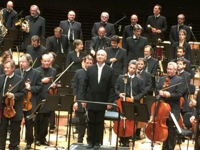 Paavo Järvi after Sibelius 5th Symphony 10.9.15. Foto Henning Høholt