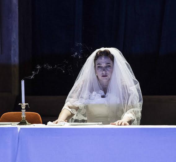 Christine Rice as Penelope i Monteverdis opera Ulysses vender hjem, foto Erik Berg