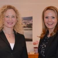 Ny leder i Kulturrådet Tone Hansen (tv) og kulturminister Linda Hofstad Helleland. Foto: Wenche Nybo, Kulturdepartementet