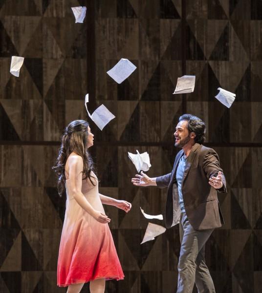 Atalla Ayan som Alfredo og Aurelia Florian som Violeta Valery i La Traviata i Oslo, foto Erik Berg