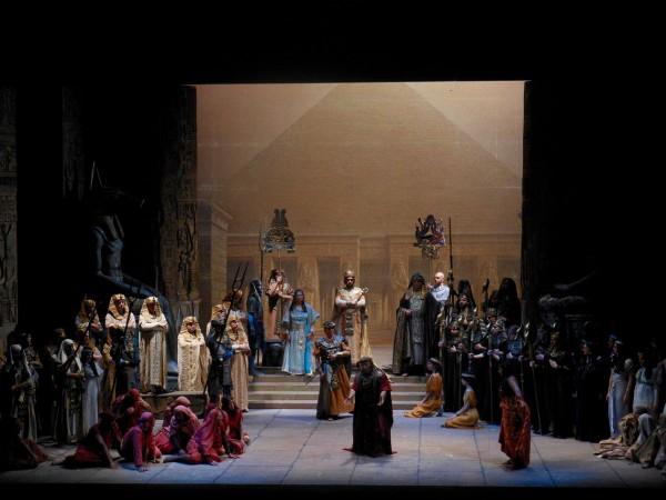 Aida, pi ensemble 2act 2nd scene Photo: Teatro di Pisa