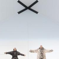 (left) Rolando Villazon, and Thomas Hampson as Amundsen (right)