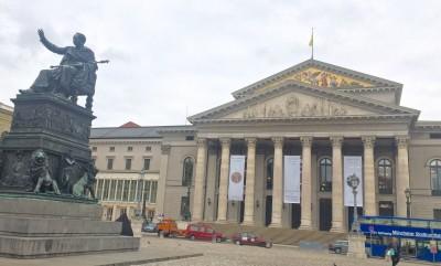 Bayerisches Staatsoper Foto Tomas Bagackas