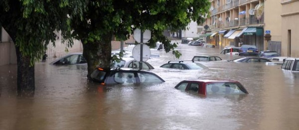 The disastrous flood in Cannes was a chock also in Hollywood. Photo: Fdesouche.com