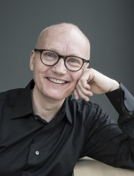 Anders Beyer fortsetter som direktør for Festspillene i Bergen frem til 2022. Foto: Thor Brødreskift