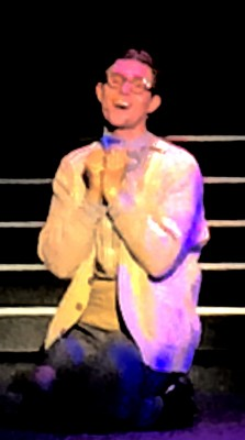 Alexander Langset, synger solo om hvor forelsket han er. Foto Henning Høholt