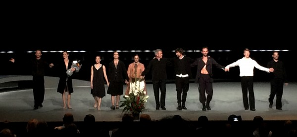 Applause: From left Philip Currell, Stine Østvold, Yolanda Correa, Kalyan Boydjiev. Sol León, Per Kristian Skalstad, Paul Lightfoot, Kristian Alm, Andreas Heise and Bastian Zorzetto. Photo: Tomas Bagackas.