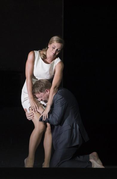 A loving Clara (Agneta Eichenholz) is not able to help the tragic Nathanael (Daniel Schmutzard). Photo Monika Rittershaus