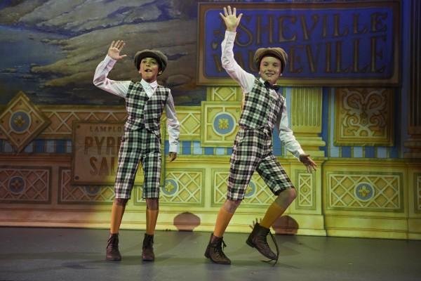 Oliver og Jesper på premieren fredag. Foto John Andresen.
