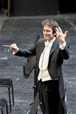 Rosmonda d´Inghilterra. Sebastiano Rolli, conductor. Foto Opera di Firenze