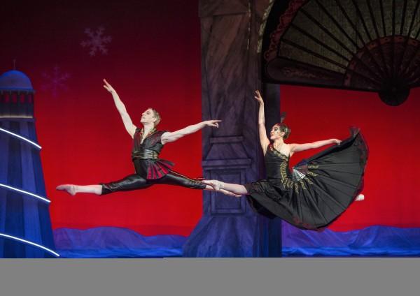 Spansk dans. Flott, gnistrende danset av Sonja Vinograd og Andreas Heise.