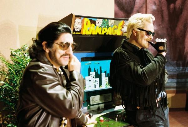 Magnus Staveland til høyre som Ferrando, med Guglielmo venstre, imilderti på vår aften ble denne rollen sunget av Gyula Orendt, som gjorde en glimrende Oslo debut igår kveld. Foto: Christian Friedländer.