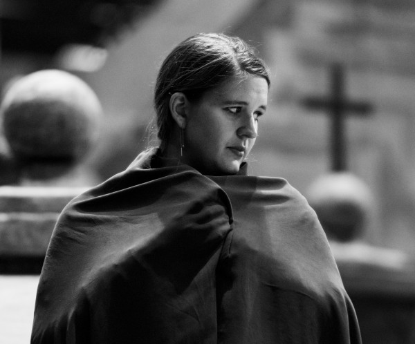 Lise Davidsen synger rollen som Santuzza i Leuncavallaos opera Cavalleria Rusticana på Den Norske Opera. Foto Erik BErg