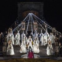 Storslagent visuelt og musikalsk i Cavalleria Rusticana. Foto Erik Berg