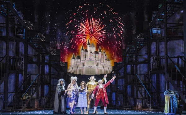 Fireworks for love., La Cenerentola in Oslo, Foto: Erik Berg. Review: Torkil Baden.