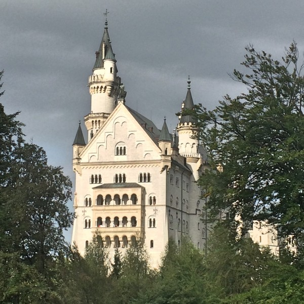 Neuschwanstein, afternoon sun