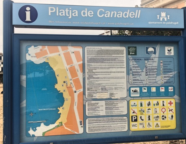 Platja de Canadell, A large informative map of this small village by the Mediterranean sea.