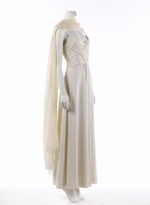 Loris Azzaro. Ensemble robe et écharpe. Ensemble (habillement). Jersey de viscose, 1974. Galliera, musée de la Mode de la Ville de Paris.