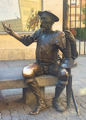 Don Quixote outside the house where he was born, which is now a museum Alcalá de Henares, 25 km outside Madrid, Spain. Foto Henning Høholt