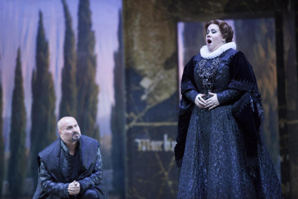 Aronica and di Giacomo as Don Carlos and Elizabetta