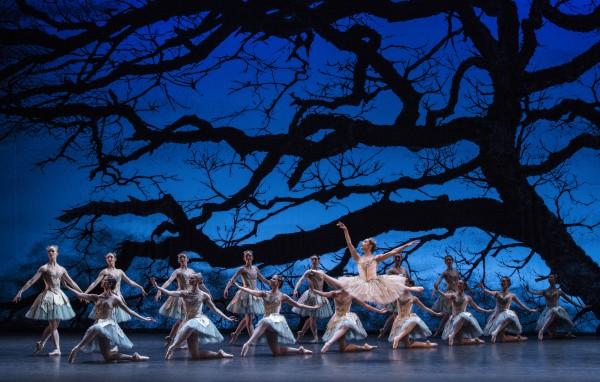 Dryade sceen er fremragende, Corps des Ballet og Dryadedronningen samt Amor, og sist, men ikke minst Kitri som Dulcinea.