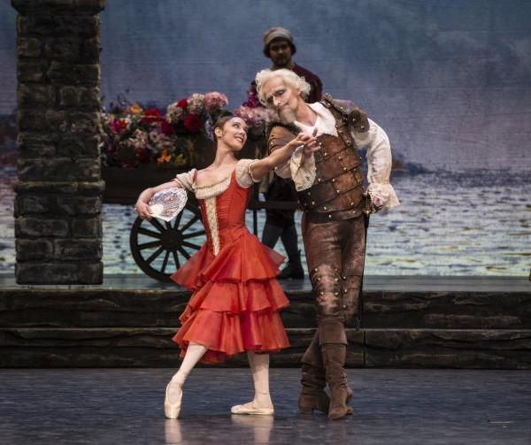 Don Quixote sjarmerer Kitri, - Ole Willy Falkhaugen og Yolanda Correa.