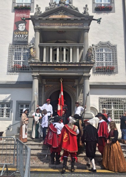Danish delegation from Haderslev entering City Hall Wittenberg