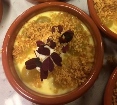 Min personlige no 2, var den eneste dessert i konkurransen: Crema catalana med eplepuré. Crumble og vaniljerømme. Laget av Kulinarisk Akademi i Mathallen, i hvis lokaler også konkurransen ble arrangert.