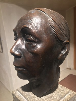 Käthe Kollwitz, self portrait from the exposition in the Castle in Wittenberg.  She worked with painting, printmaking (including etching, lithography and woodcuts) and sculpture.