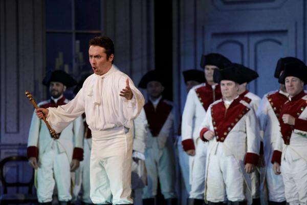 Cenerentola:  Macchioni and chorus.