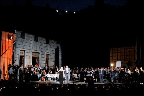 La Traviata 1st act, Ensemble with Pavone and Scotto di Luzon
