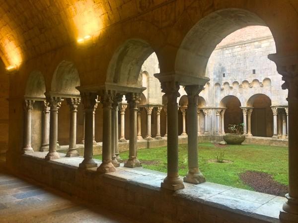 Monastery Yard in Girona. Seen in Game of Thrones. Foto Henning Høholt