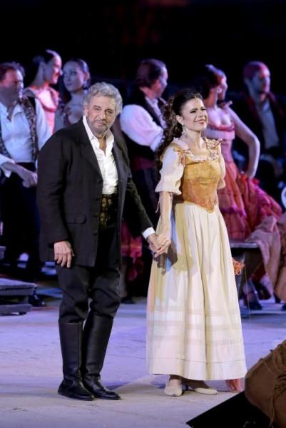 Ana Maria Martínez (sopran)  og Placido Domingo, (baryton) - tidligere tenor.